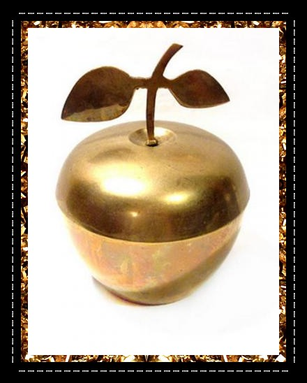 Vintage brass apple pot for storing your secret treasures!